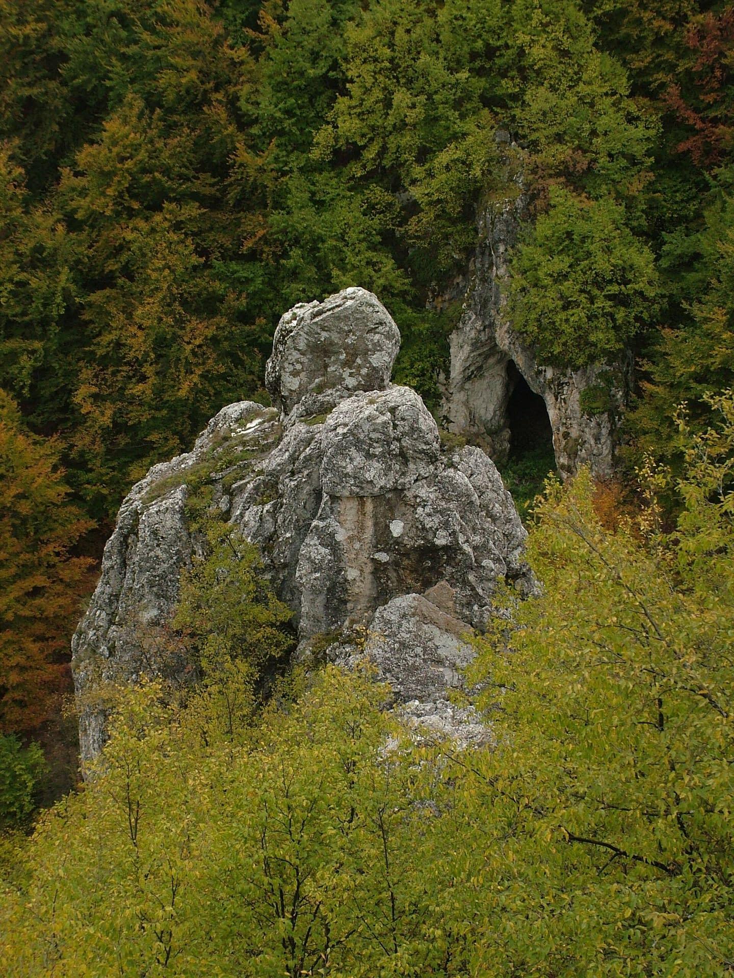 Smolućka pećina